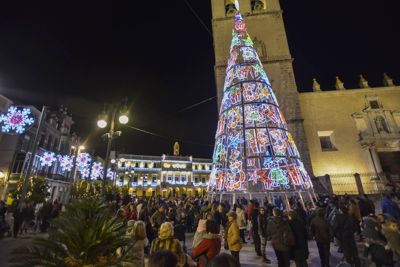 Encendido oficial del alumbrado navideño en Badajoz