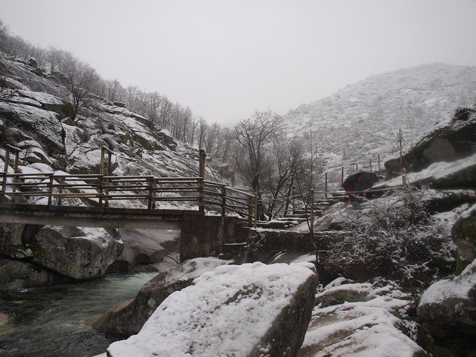 El norte de Extremadura amanece nevado